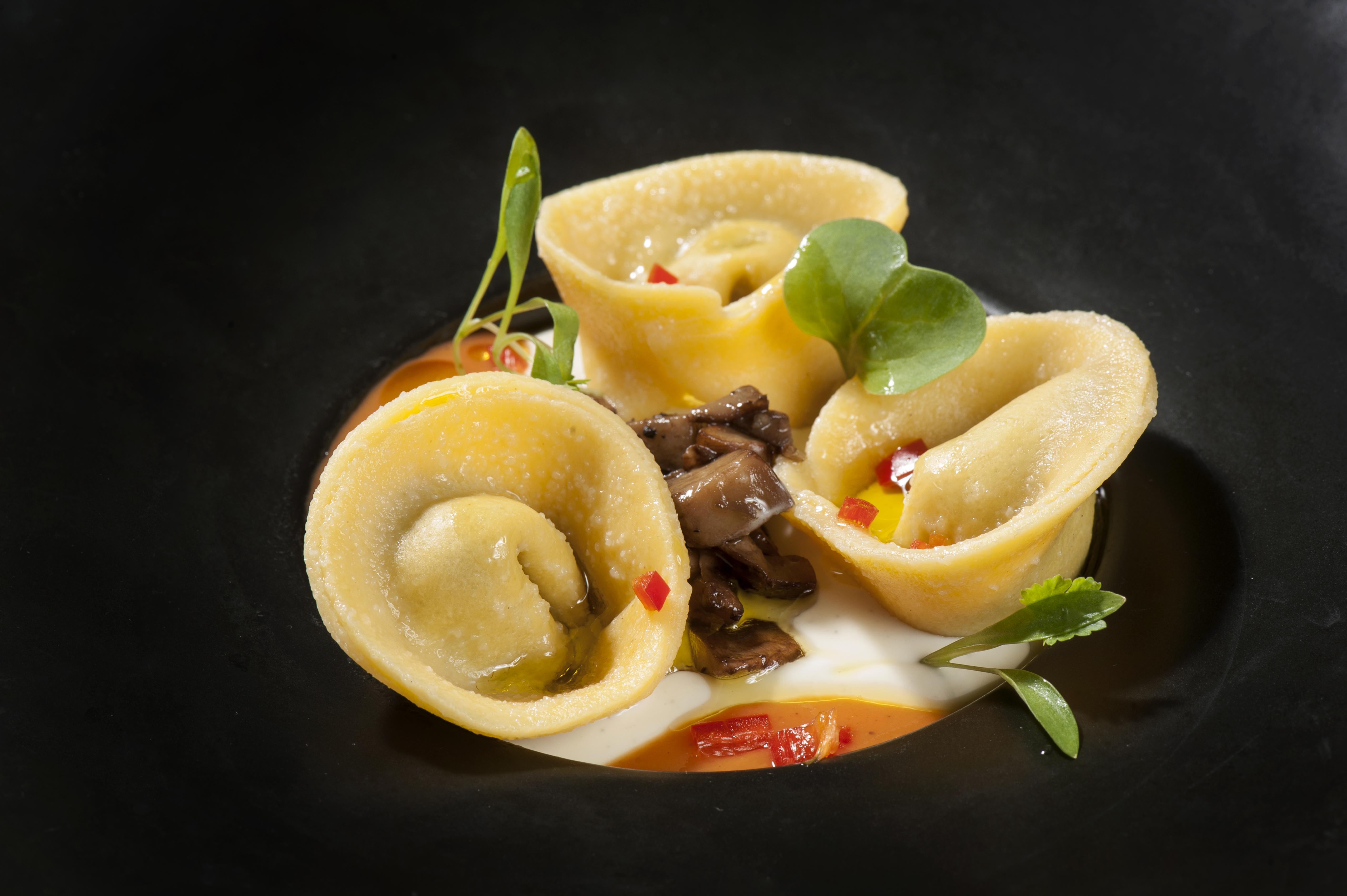 טורטליני כמהין במסעדת קוואטרו (צילום: איליה מלניקוב)