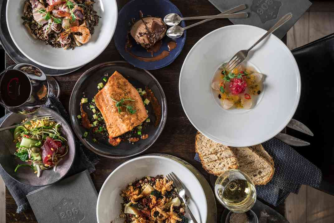 עסקית במסעדת 206 דגים (צילום: אפיק גבאי)