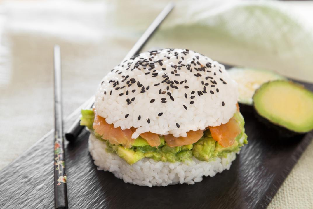 (Rice Burger  (Shutterstock