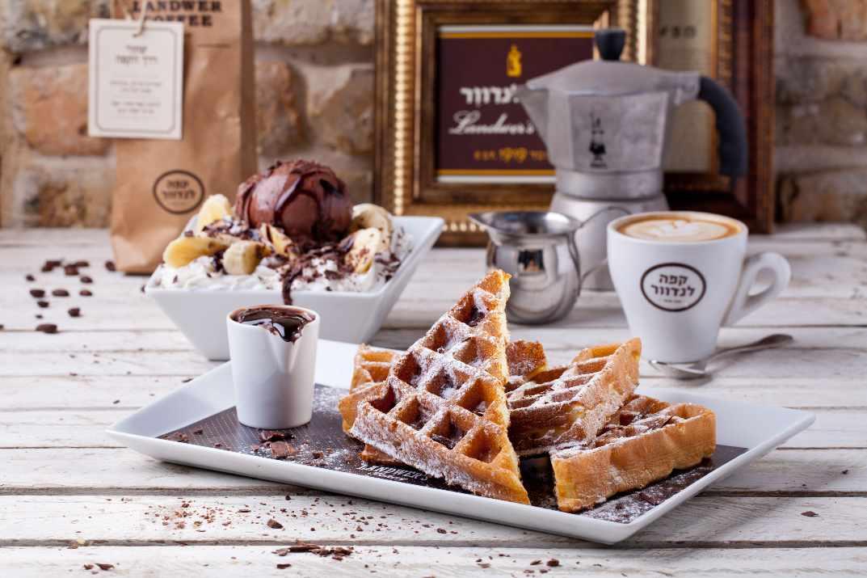 קינוחי שוקולד בקפה לנדוור נתניה (צילום: באדיבות המקום)