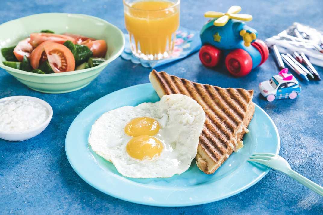ארוחת בוקר בבנדיקט (צילום: שרית גופן)