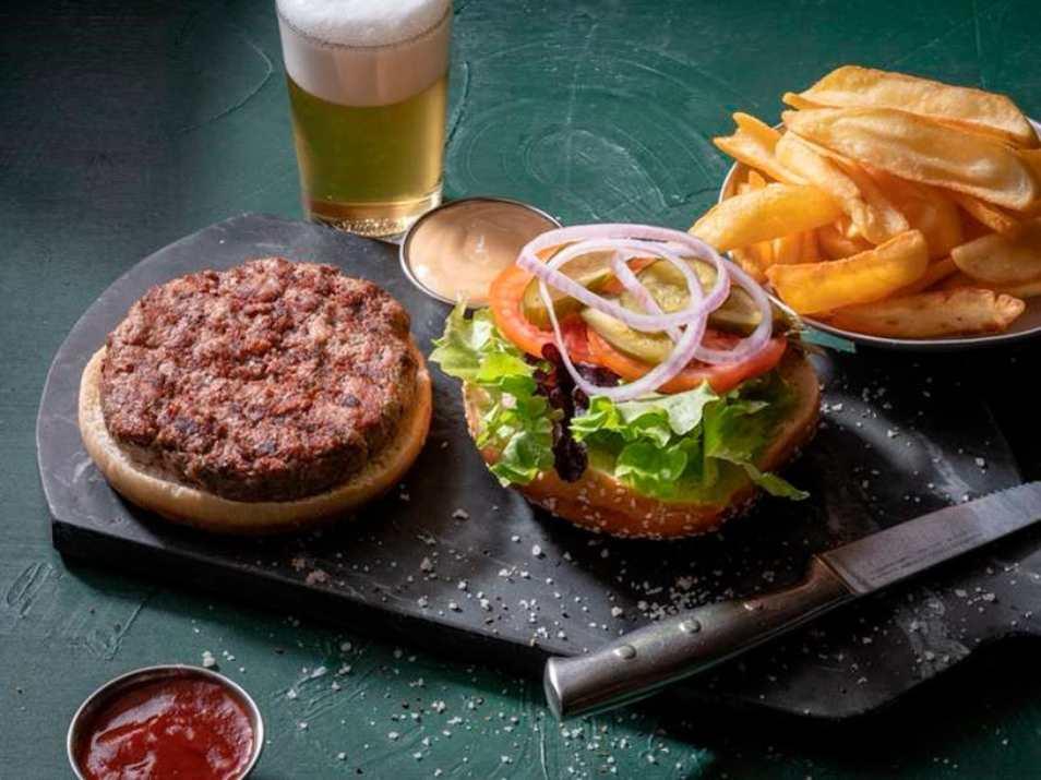 המבורגר של כרמים באר שבע (צילום: באדיבות המקום)