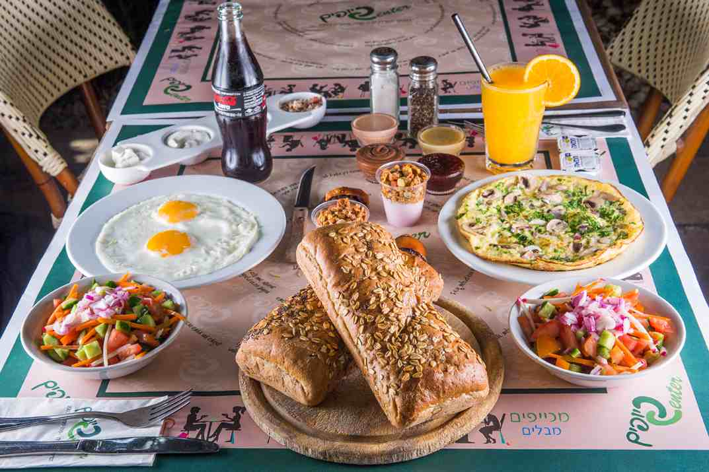 ארוחת בוקר במסעדת כיופים (צילום: באדיבות המקום)