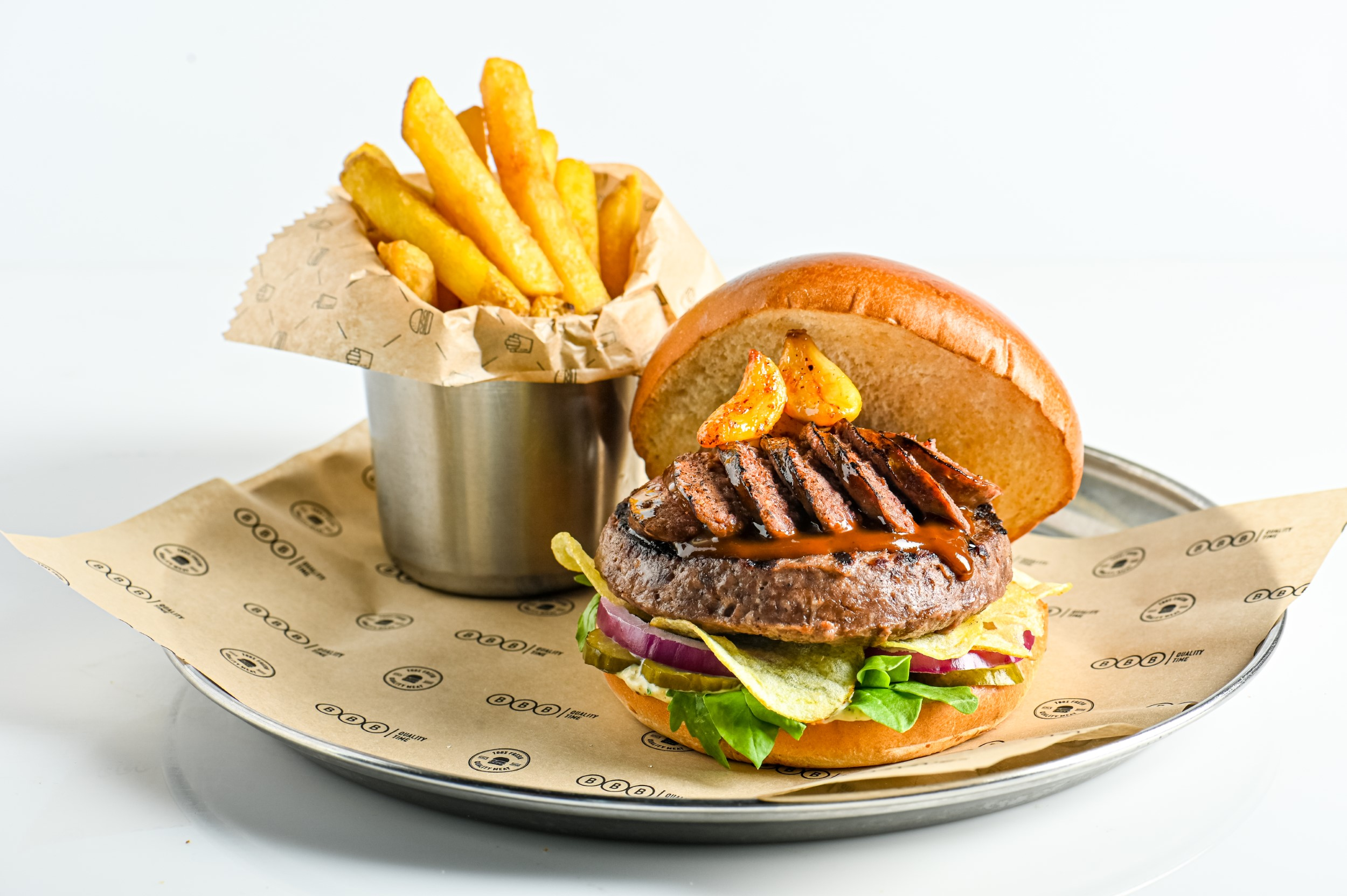 המבורגר לה קבררה של BBB (צילום: גליה אבירם)