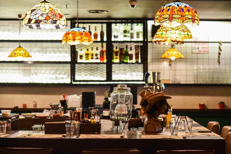 מסעדת סטקיית הבוקרים בקריית ביאליק (צילום: גלעד הר שלג)