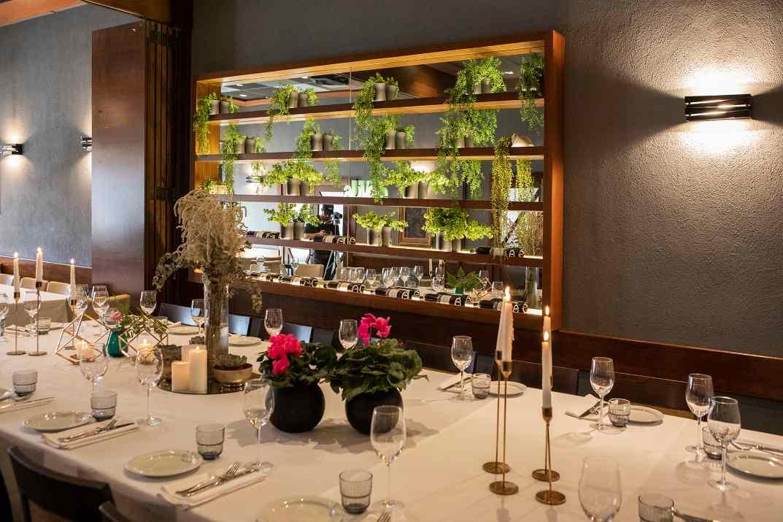 חדר אירועים במסעדת הצדף (צילום: נטלי יששכר)
