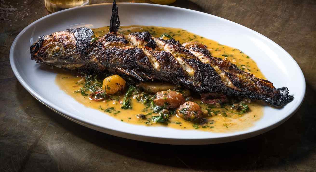 דג במסעדת פומו (צילום: אנטולי מיכאלו)