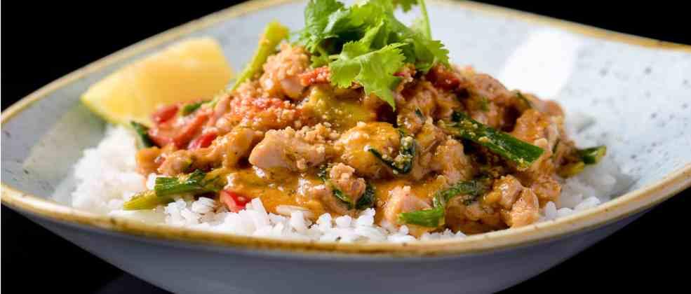 מנת קארי של מסעדת טאיה (צילום: באדיבות המקום)