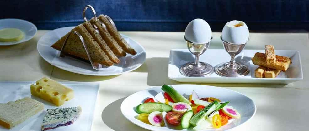 ארוחת בוקר באלנה